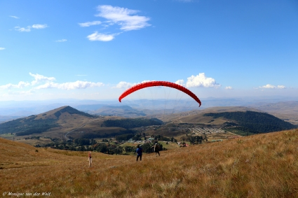 moniquevanderwalt__canon_photography_southafrica_southern_drakensberg_kwazulunatal_wildsky_paragliding_bulwer (3)-2.jpg